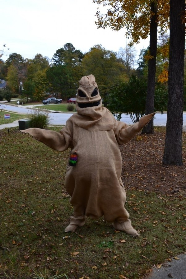 Halloween lawn decoration ideas - Oogie Boogie Costumes Parties Costume