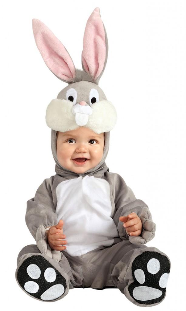 Ребёнок в костюме зайчика фото