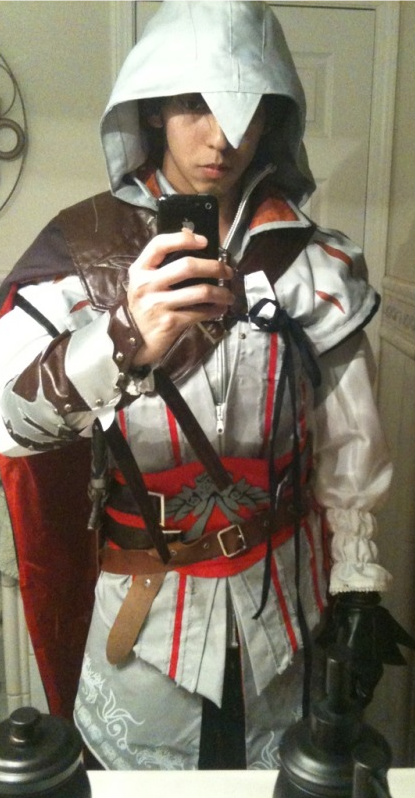 Ezio Halloween Costume   Ezio Costumes For Men Women Kids Parties Costume