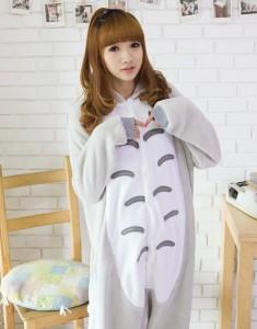 Totoro Costume Girl