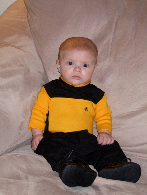 [poisson d'avril] Costumes et uniformes, LE nouveau topic Baby-Star-Trek-Costume
