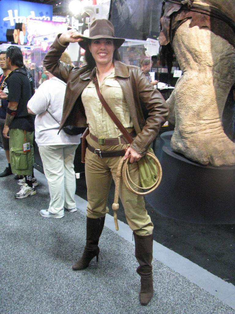 Indiana Jones Costumes (for Men, Women, Kids