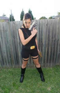 Lara Croft Costume DIY