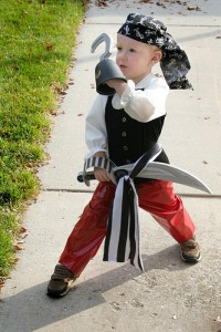 Toddler Pirate Costume DIY